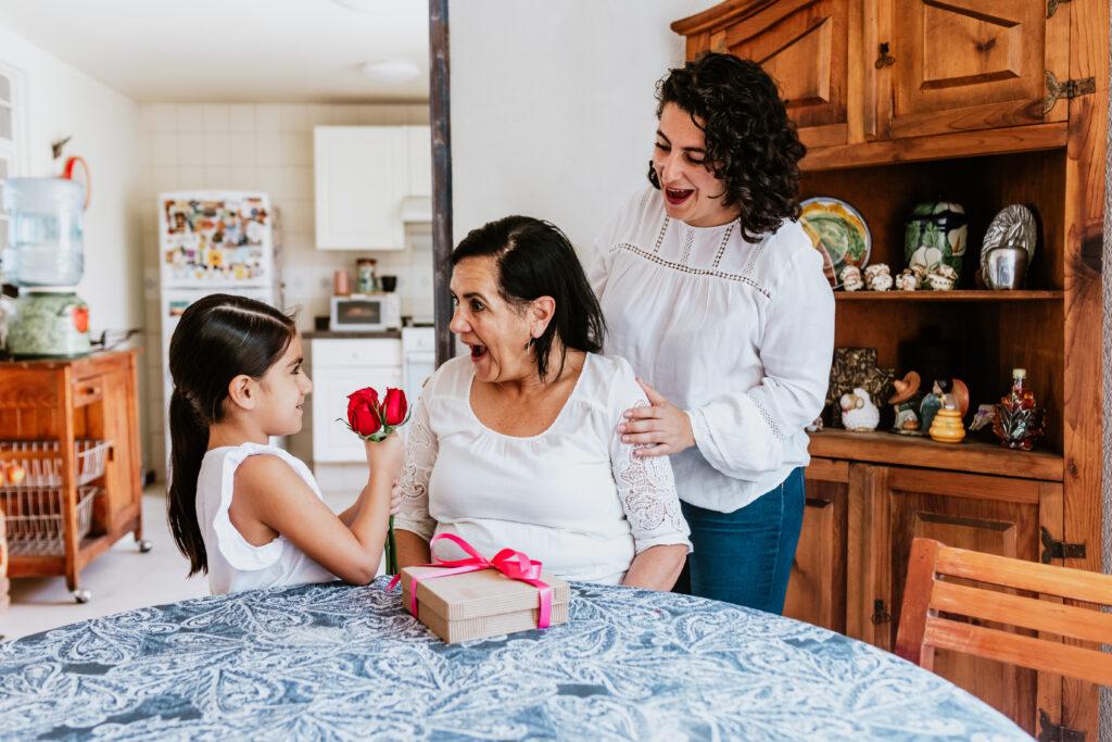 Regala a mamá un seguro de gastos médicos mayores